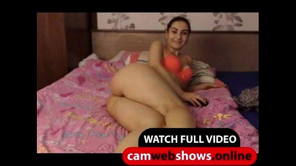 Big Booty Brunette Teen Shake Her Ass - CamWebShows.Online