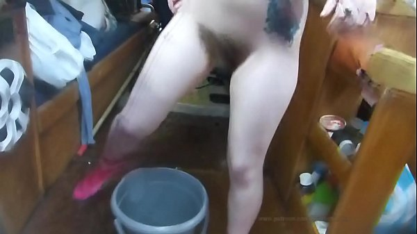BoatBabesXXX - Bettie's Bucket Full O' Piss And Glory