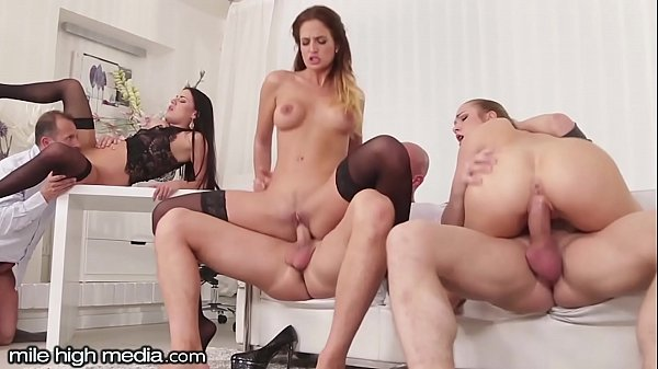סרטי סקס MileHigh Anal Swingers 3 on 3 Wife Swapping Orgy