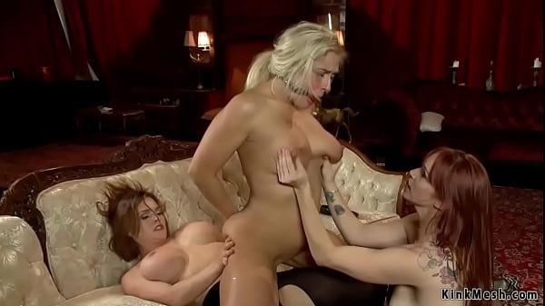 Busty Milf anal fucked threesome Thumb