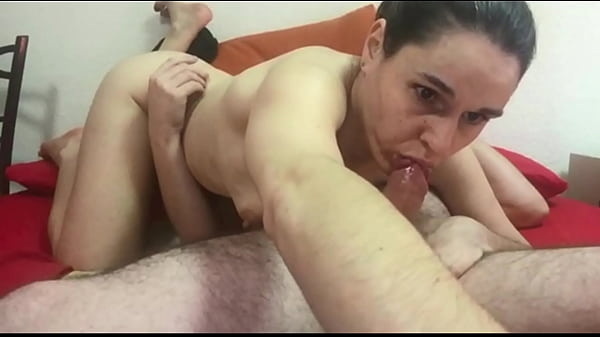 love to play with my hubby and I wanna make her cum