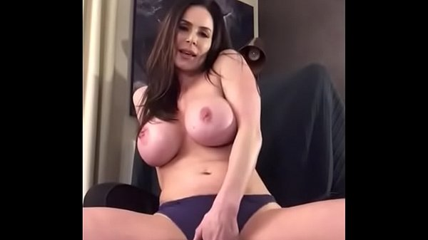 Big Booty Milf Solo Squirt