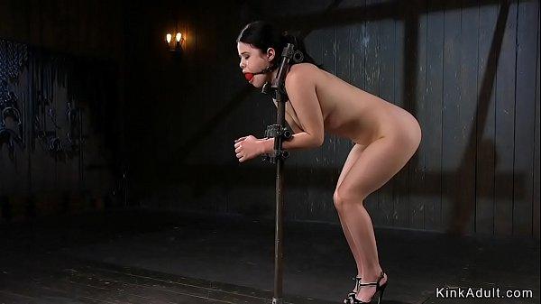 Babe locked in metal device bondage