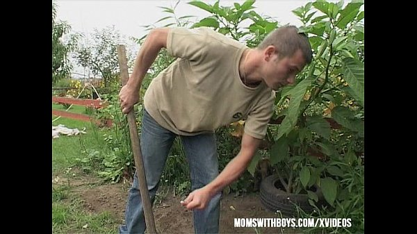 Gardener Sexual Interruption Outdoors Thumb