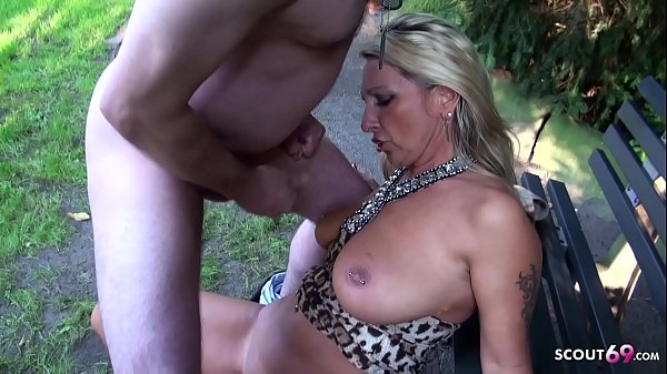 German Big Tits MILF tricked Stranger to Fuck h...