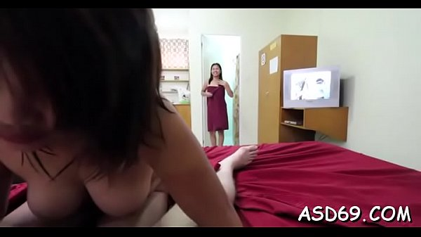 Fabulous asian beauty goes hardcore with her hawt paramour