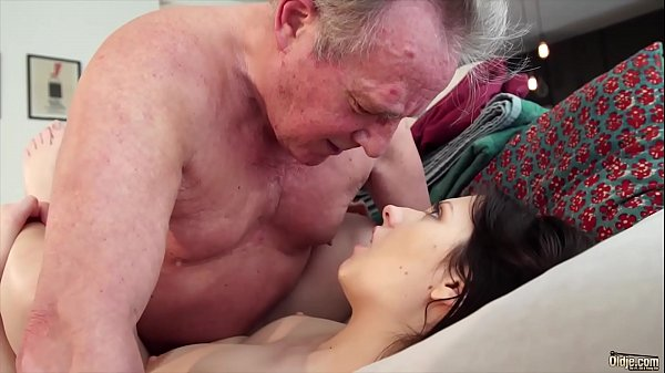 Old man Warming up my young pussy and cums in m...