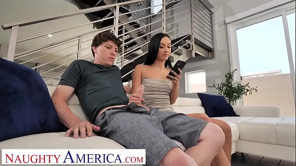 Naughty America - Jazmin Luv fucks friend's bro as r., letting him bust a nut in her mouth and snapping a selfie for her ex Thumb