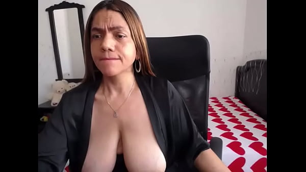 Granny pulling her saggy tits