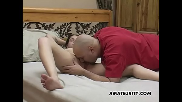 Amateur chick Caydence loves sucking cock