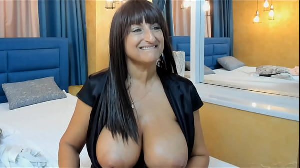 MATURE RUSSIAN BIG TITS ANA WEBCAM FUN 2
