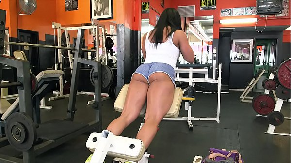 BANGBROS - Latin MILF Body Builder Becca Diamond Gets Her Strong Ass Pounded In The Gym