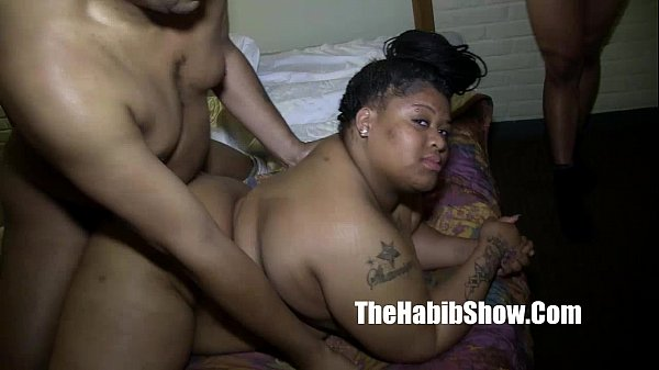 first time amatuer BBW gangbanged fucked and nu...