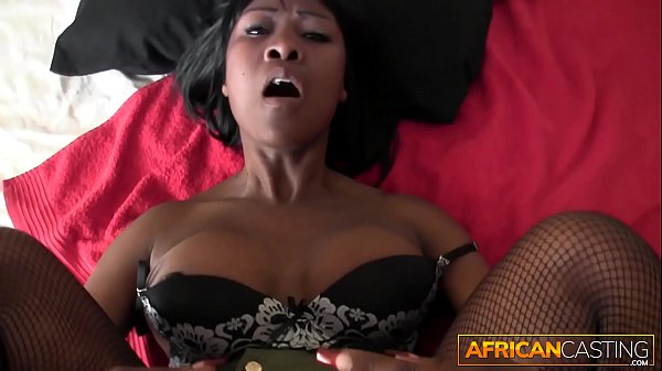 REAL AFRICAN AMATEUR SUCKS MY COCK FOR A MEAL