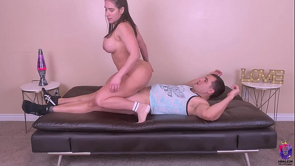 I just oiled up her asshole and fuck it