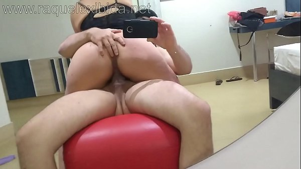 Getting strong in the married Raquel Exibida -w...
