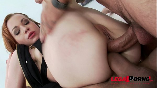 Teen Rebecca does self fisting & amazing double anal