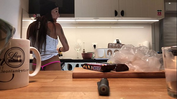 Young amateur wife does the dishes when the voy...