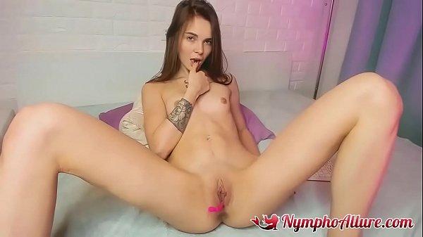Tight Pussy Teen Masturbating