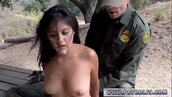 Fake taxi police revenge cop fucks mother and playfellows daughter