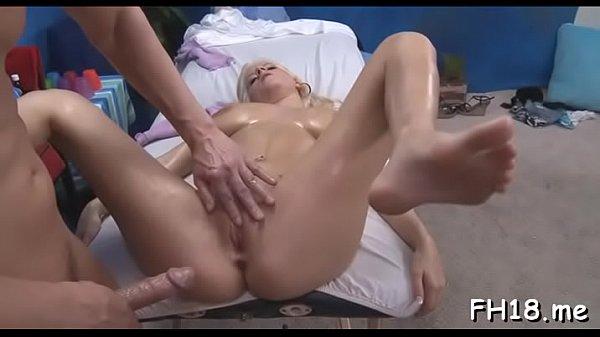 Inviting blonde girlie Haley Cummings adores sex
