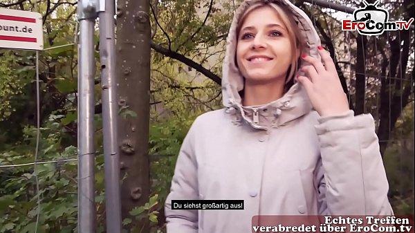 EroCom Date - Schülerin im Wintermantel abgeschleppt und im gebüsch outdoor gefickt