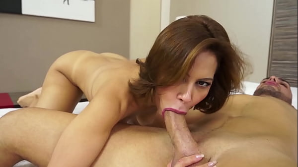 PICKED UP MILF BABE FUCKED ANALLY