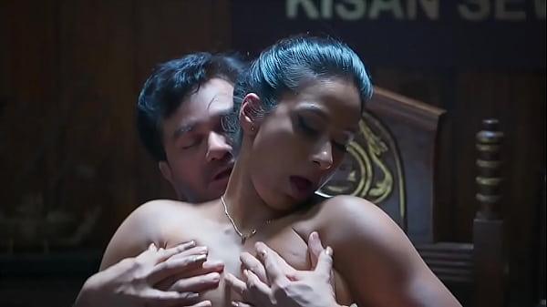 Mastram Webseries Kamalika Chanda acts as the m...