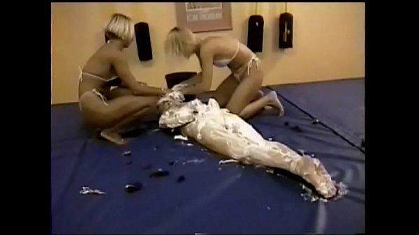 SLV 285 Wrestling, Shampoo, Headshave