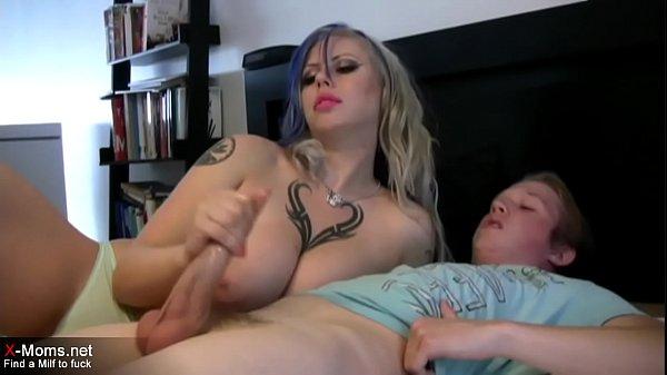 Teen boy gets nic handjob from step mom