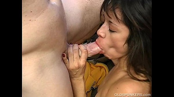 Sexy Sophie is a spicy latina MILF who loves to fuck Thumb
