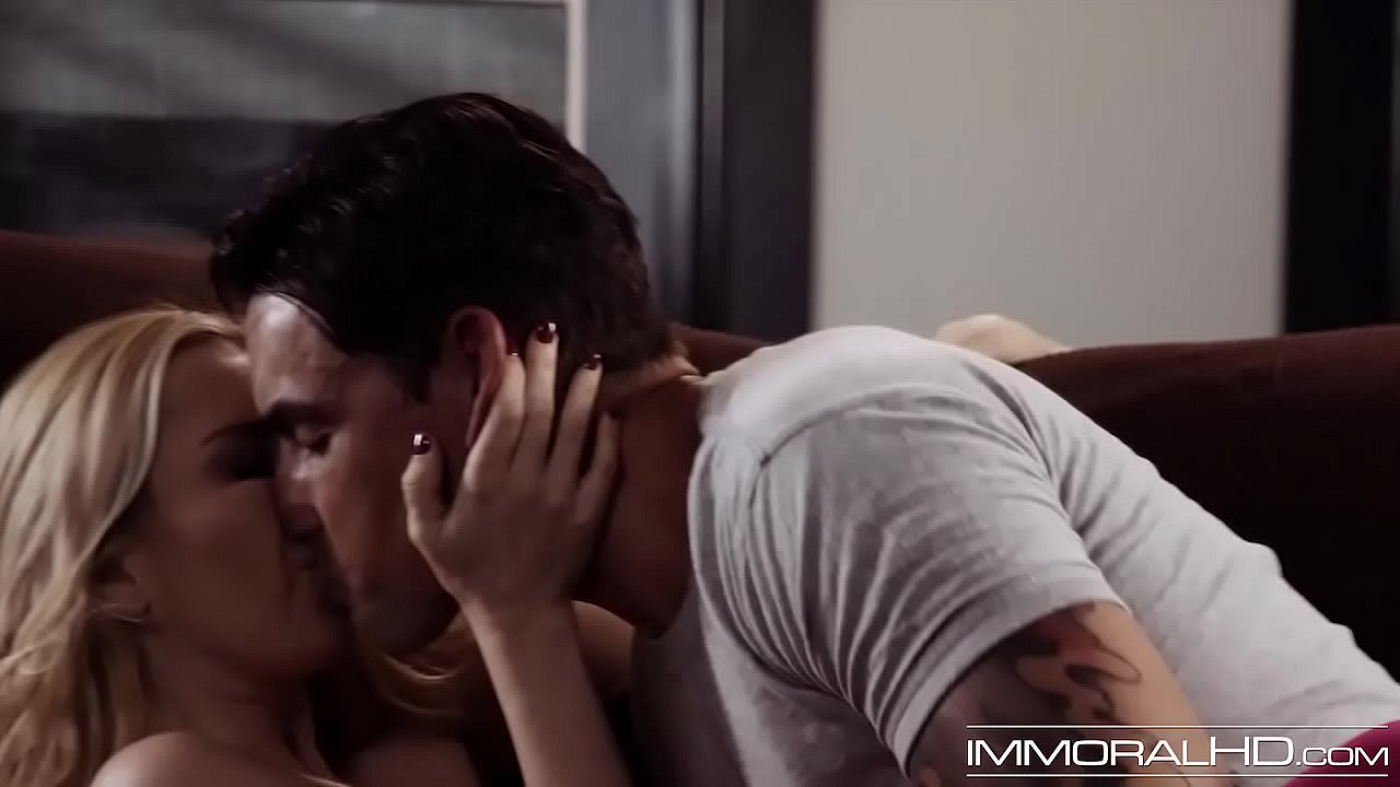 Dirty Couple Fuck Passionate