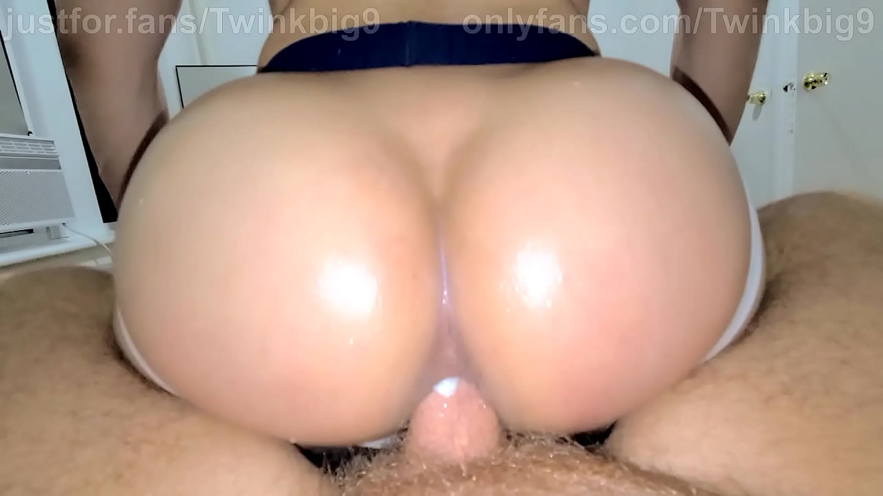 My Bubble Butt gets fucked by a Hot Huge Dick Raw of Jake Lawrence  thumbnail