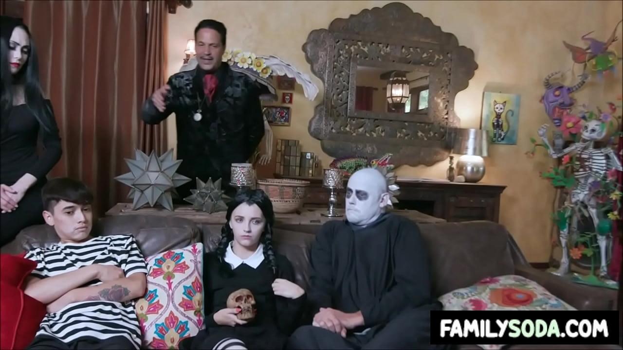 Addams Family Porn adams family orgy - xvideos