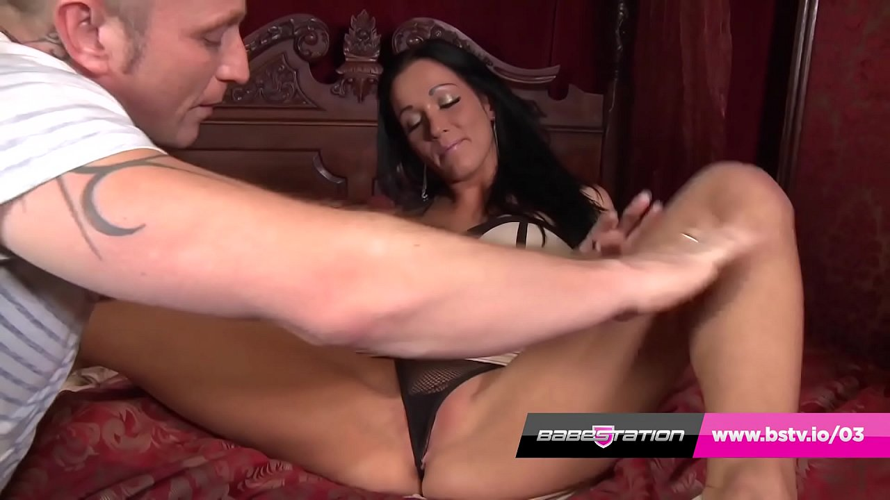 British chav Chantelle Fox gets hard anal from Peter Oh Tool
