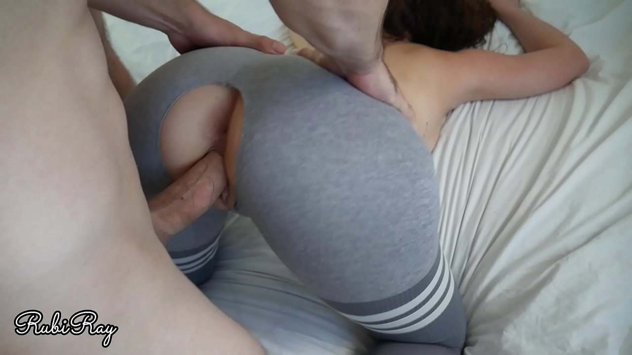 Girl Yoga Pants Gets Fucked