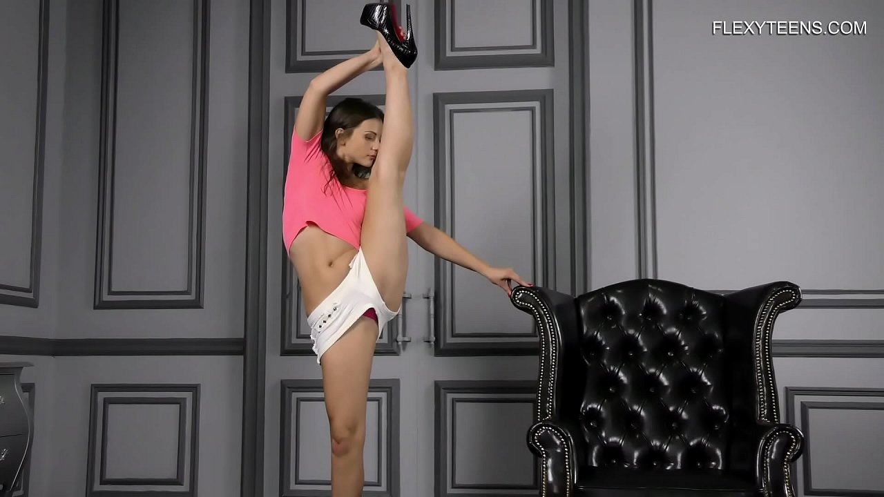 Kim hot naked splits on couch