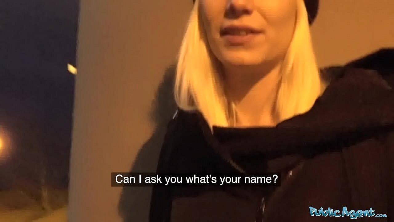 Public Agent Blonde Toilet