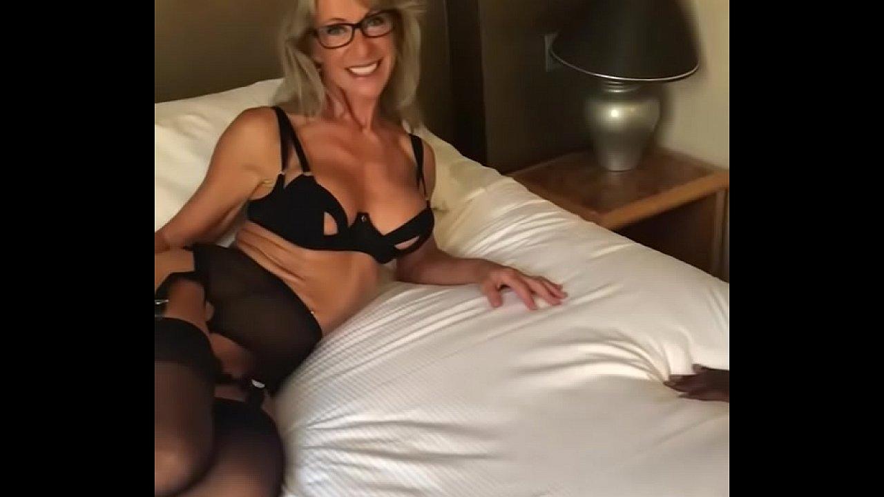 British Blonde Amateur Milf