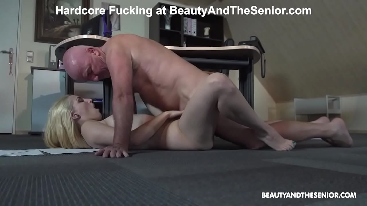 Old Man Fucks Blonde and Sexy Young Girl