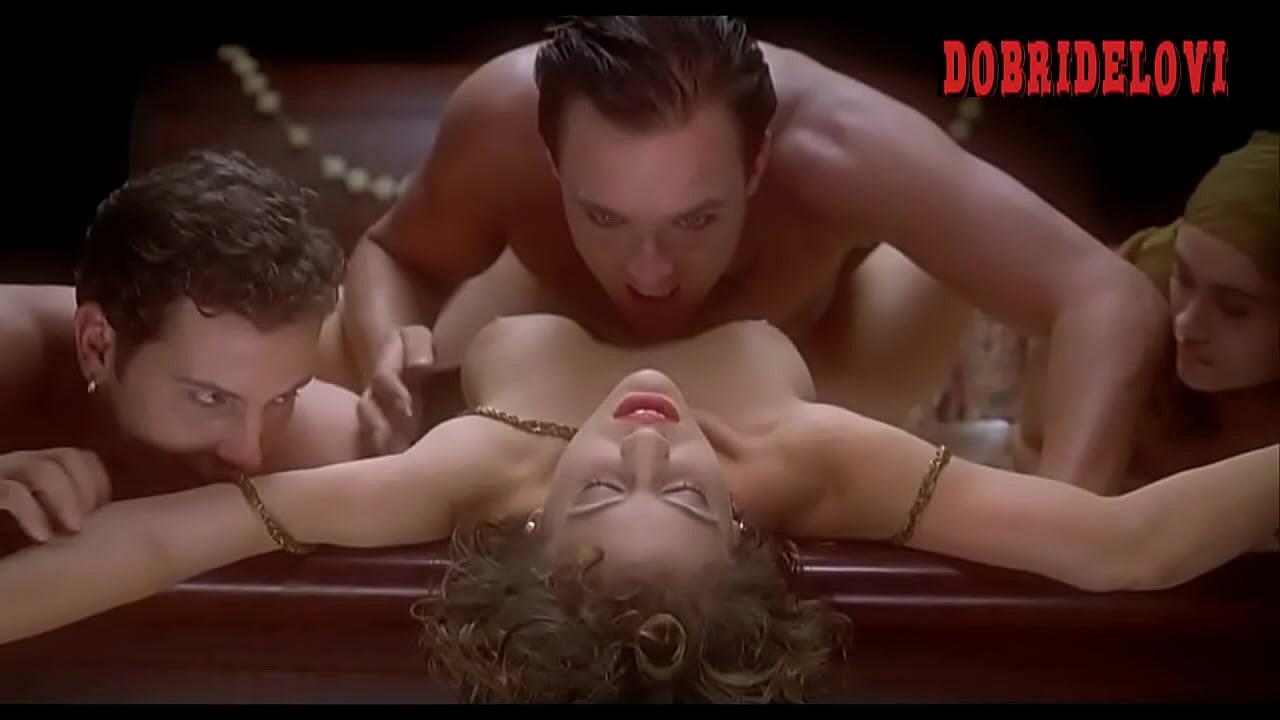 Alyssa milano nude lesbian scene