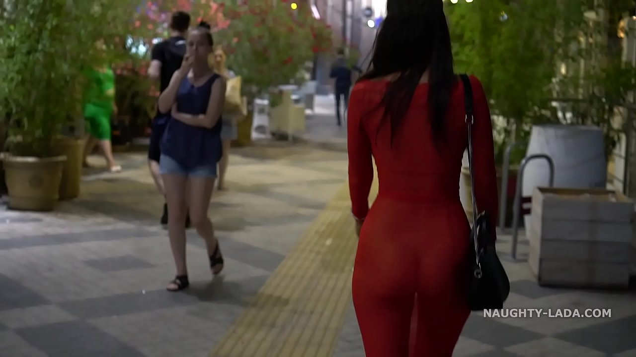 Mature Flashing Tits Public