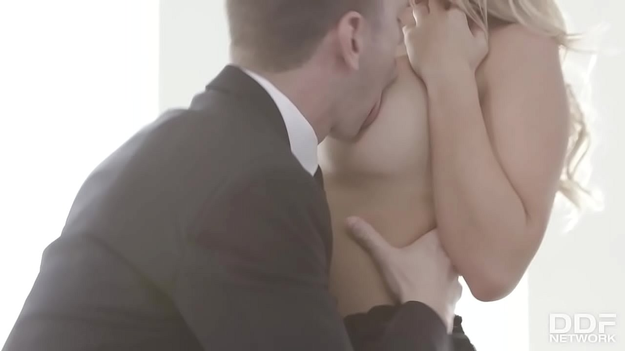 Alexis Monroe. Please more clips like this