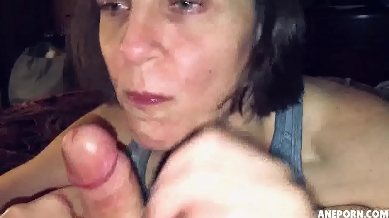 Homemade Cum Swallow Blowjob