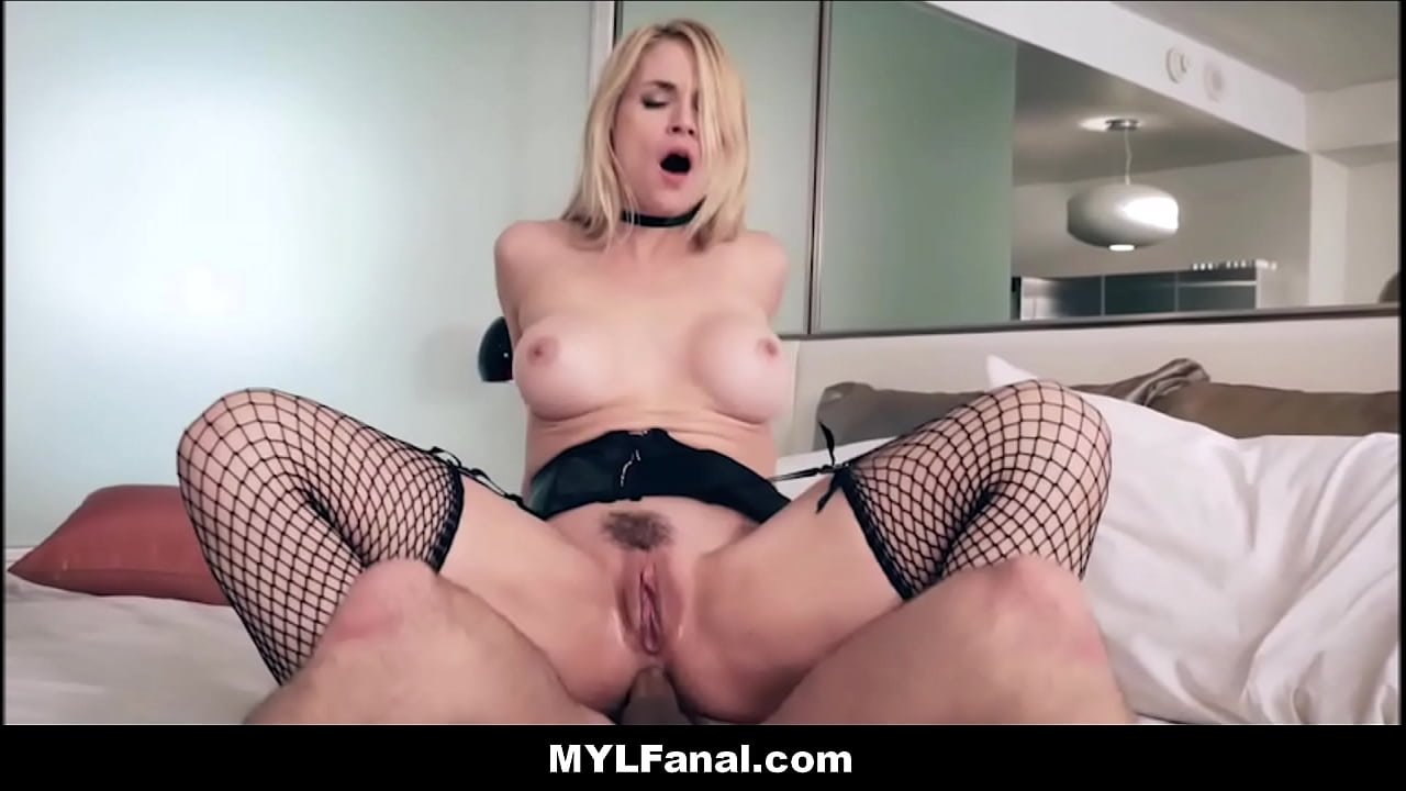 Cheating Blonde Wife Creampie