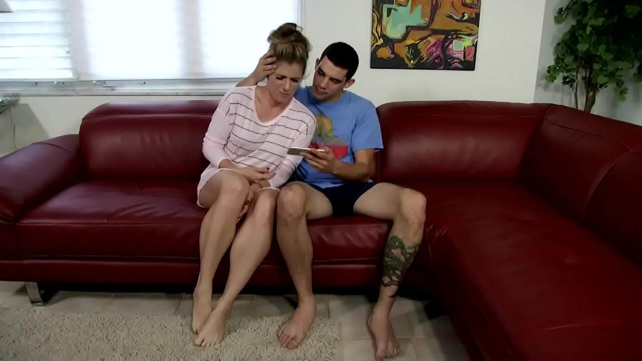 Cory Chase In Stepbrother Takes Advantage Of Stepsister  - 25