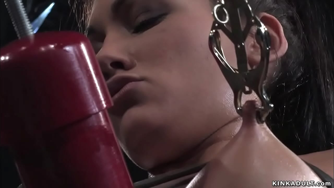 Slave in extreme corporal punishment