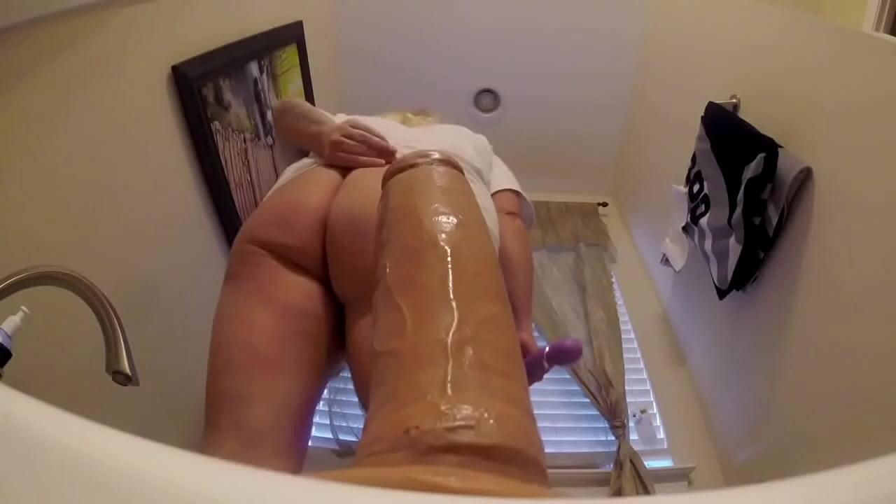Big Tits Perfect Ass Blonde