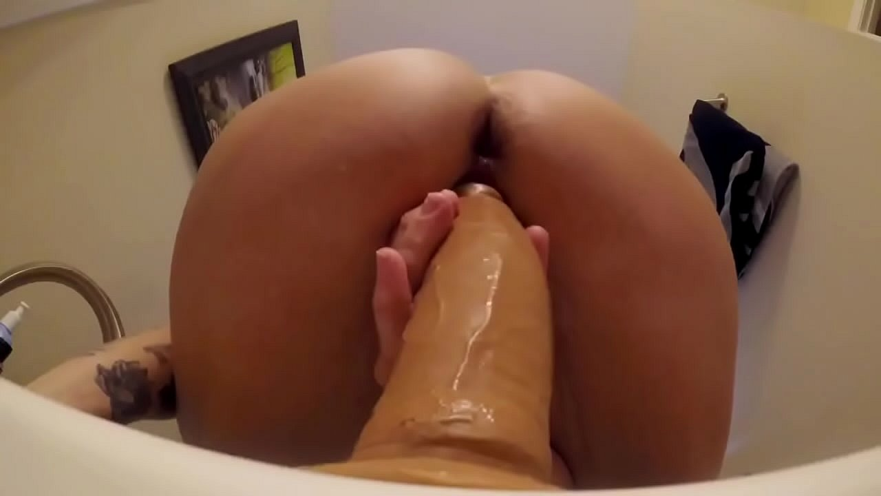 Perfect Blonde Dildo Ride
