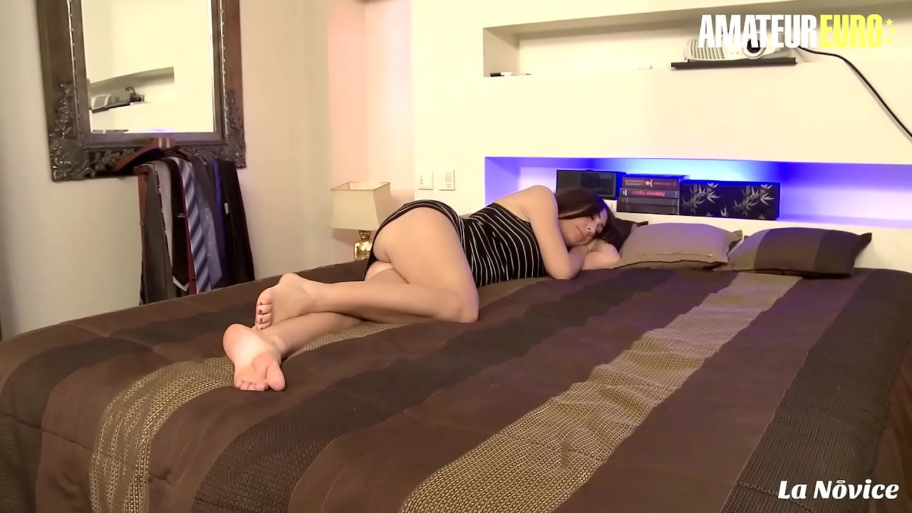 AMATEUR EURO - Sweet French Eloa Lombard Wakes Up For Anal Smash
